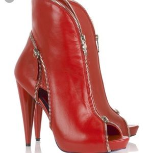 Alexander McQueen bright red zipper booties
